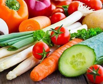 beneficios de comer alimentos crudos