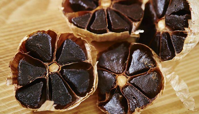 beneficios de la cebolla negra y ajo negro